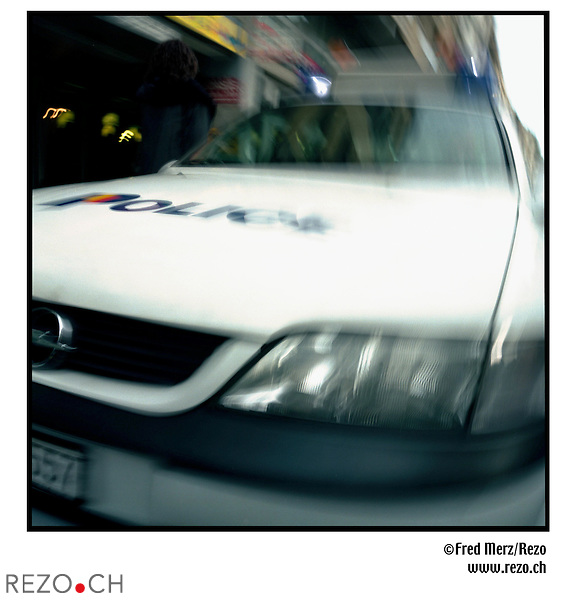 FM00670 / Illustration voiture, police genevoise...Geneve, Mars 2002...©Fred Merz/Rezo