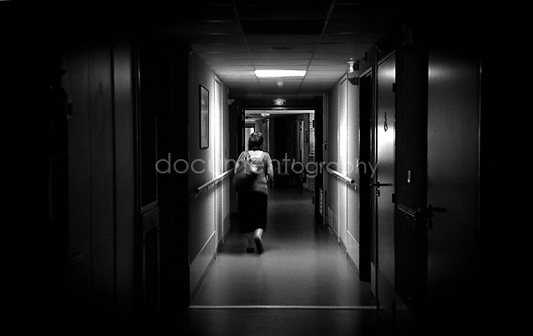 This would be the last time that my mother would visit my grandmother in hospital...© Magali Corouge/Documentography.2004-2006.France.