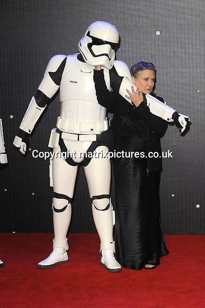 NON EXCLUSIVE PICTURE: PAUL TREADWAY / MATRIXPICTURES.CO.UK<br /> PLEASE CREDIT ALL USES<br /> <br /> WORLD RIGHTS<br /> <br /> American actress Carrie Fisher attending the European Premiere of Star Wars: The Force Awakens in Leicester Square, in London.<br /> <br /> DECEMBER 16th 2015<br /> <br /> REF: PTY 153700