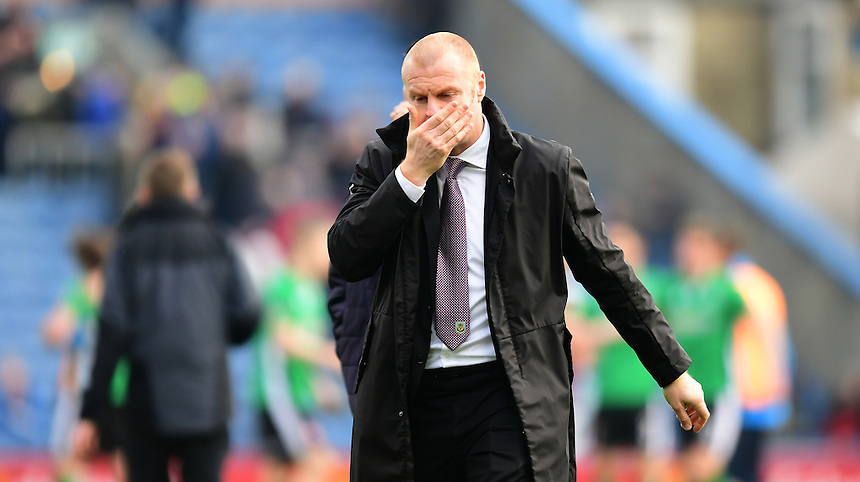 Burnley manager Sean Dyche at the end of the game<br /> <br /> Photographer Chris Vaughan/CameraSport<br /> <br /> Emirates FA Cup Fifth Round - Burnley v Lincoln City - Saturday 18th February 2017 - Turf Moor - Burnley <br />  <br /> World Copyright &copy; 2017 CameraSport. All rights reserved. 43 Linden Ave. Countesthorpe. Leicester. England. LE8 5PG - Tel: +44 (0) 116 277 4147 - admin@camerasport.com - www.camerasport.com