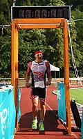 Julian Schepp kommt als Zweiter ins Ziel - Mörfelden-Walldorf 15.07.2018: 10. MöWathlon