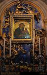 Madonna del Voto, Madonna of the Vow, Dietisalvi di Speme c. 1267, Gilded Bronze Angels on Lapis Lazuli Ercole Ferrata c. 1662, Chigi Chapel, Cathedral of Siena, Santa Maria Assunta, Siena, Italy