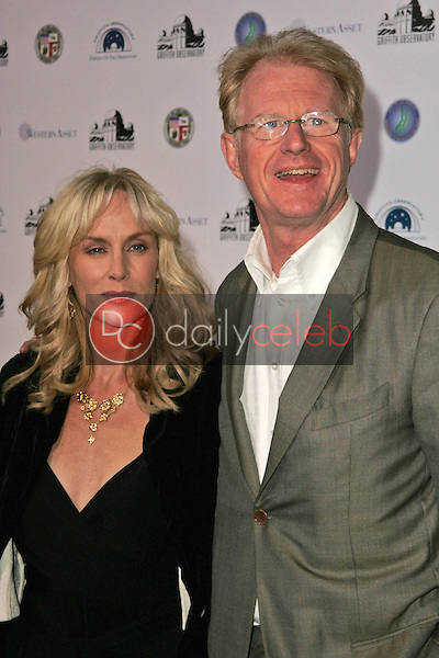 Rachelle Carson and Ed Begley Jr<br />at the Griffith Observatory Re-Opening Galactic Gala. Griffith Observatory, Los Angeles, CA. 10-29-06<br />Dave Edwards/DailyCeleb.com 818-249-4998