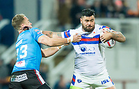 Picture by Allan McKenzie/SWpix.com - 09/02/2018 - Rugby League - Betfred Super League - Wakefield Trinity v Salford Red Devils - The Mobile Rocket Stadium, Wakefield, England - Wakefield's David Fifita fends off Salford's Lee Mossop.