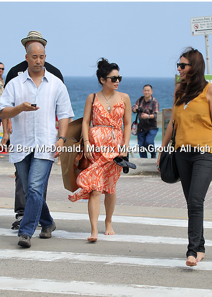 19/1/2012. Sydney, Australia...NON EXCLUSIVE..Vanessa Hudgens at takes a walk along Bondi Beach with her security and assistants followed by some shopping in boutiques along William Street Paddington and the Intersection at Glenmore Rd Paddington. 19/1/2012. Sydney, Australia...NON EXCLUSIVE..Vanessa Hudgens at takes a walk along Bondi Beach with her security and assistants followed by some shopping in boutiques along William Street Paddington and the Intersection at Glenmore Rd Paddington.