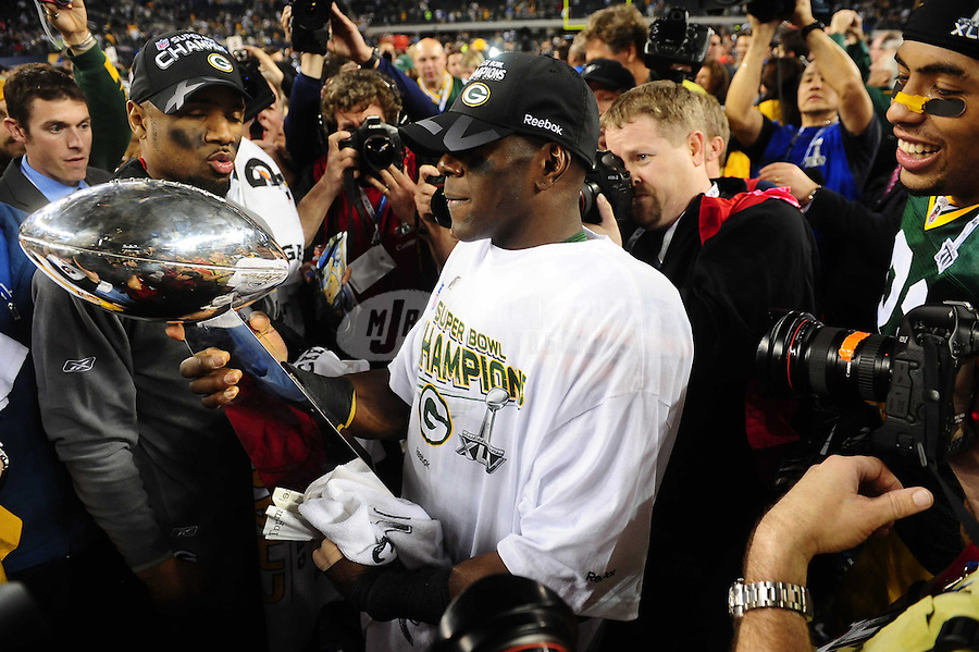 Feb 6, 2011; Arlington, TX, USA; Green Bay Packers wide receiver Donald Driver holds the Vince Lombardi Trophy after defeating the Pittsburgh Steelers in Super Bowl XLV at Cowboys Stadium.  Mandatory Credit: Mark J. Rebilas-
