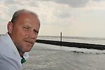 FBL 09/10 Traininglager  Werder Bremen Norderney 2007 Day 01<br /> Ueberfahrt mit der Faehre von Norddeich nach Norderney<br /> <br /> <br /> Thomas Schaaf ( Bremen GER - Trainer  COACH) bei der Ueberfahrt<br /> <br /> Foto &copy; nph (nordphoto)