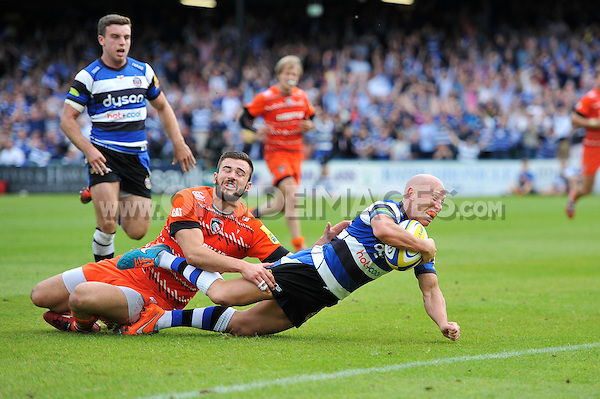 Peter Stringer of Bath Rugby dives for the try-line. Aviva Premiership semi-final, between Bath Rugby and Leicester Tigers on May 23, 2015 at the Recreation Ground in Bath, England. Photo by: Patrick Khachfe / Onside Images
