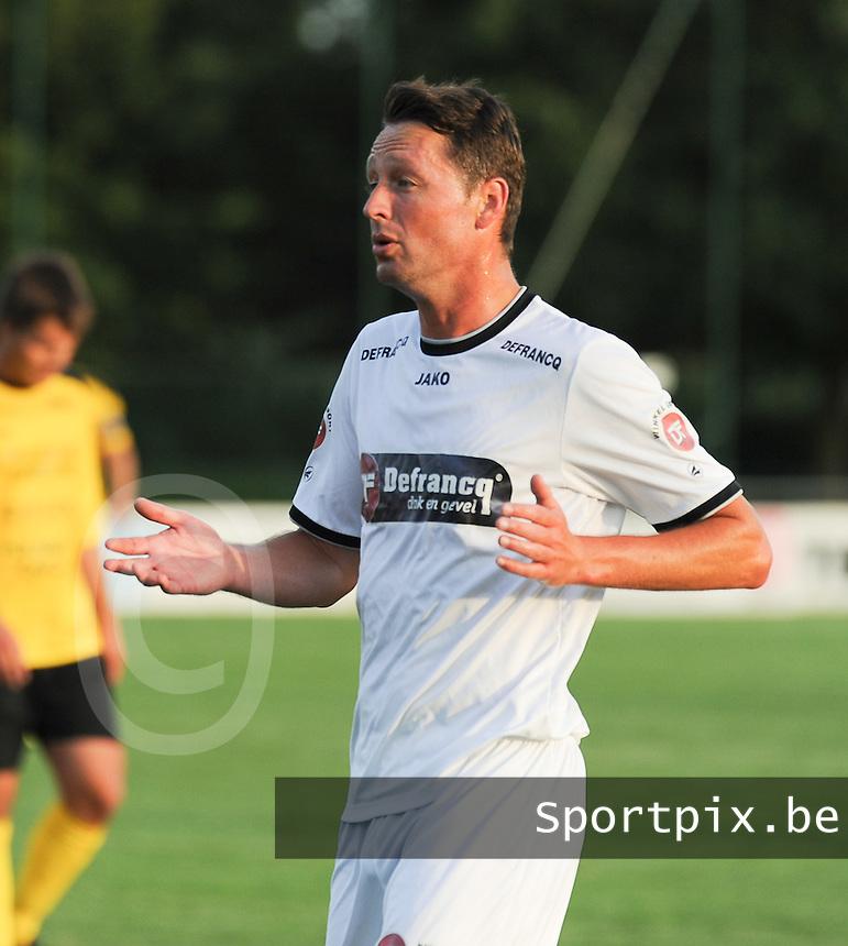 KSCT Menen - Winkel Sport :<br /> <br /> Winkel Sport : Vincent Bostoen<br /> <br /> foto VDB / BART VANDENBROUCKE