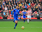 4th November 2017, bet365 Stadium, Stoke-on-Trent, England; EPL Premier League football, Stoke City versus Leicester City; Riyad Mahrez of Leicester City runs through to attack the Stoke defence