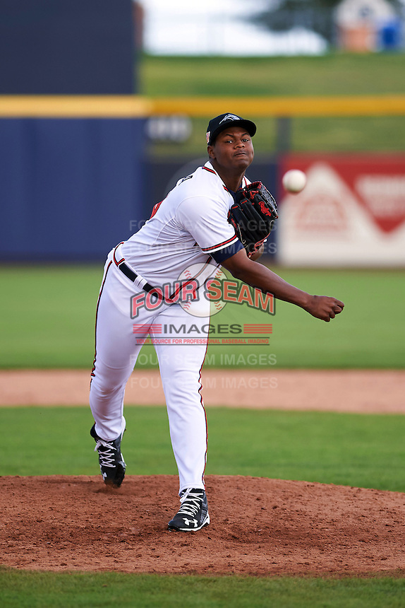 Peoria Javelinas pitcher Mauricio Cabrera (66) delivers a pitch during an Arizona Fall League game against the Mesa Solar Sox on October 21, 2015 at Peoria Stadium in Peoria, Arizona.  Peoria defeated Mesa 5-3.  (Mike Janes/Four Seam Images)