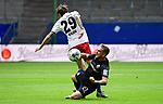 v.l. Adrian Fein (HSV), Robin Scheu<br />Hamburg, 28.06.2020, Fussball 2. Bundesliga, Hamburger SV - SV Sandhausen<br />Foto: VWitters/Witters/Pool//via nordphoto<br /> DFL REGULATIONS PROHIBIT ANY USE OF PHOTOGRAPHS AS IMAGE SEQUENCES AND OR QUASI VIDEO<br />EDITORIAL USE ONLY<br />NATIONAL AND INTERNATIONAL NEWS AGENCIES OUT