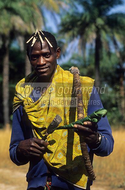 Afrique/Afrique de l'Ouest/Sénégal/Parc National de Basse-Casamance : Récolteur de vin de palme -Le vin de palme ets Palme ou bunuk