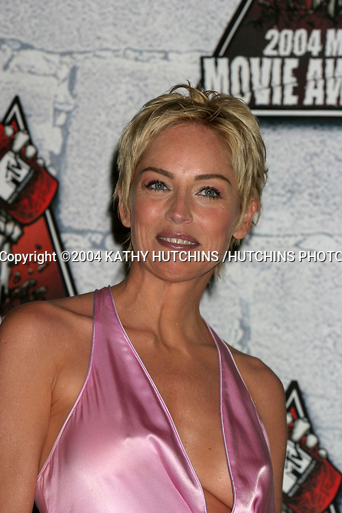 ©2004 KATHY HUTCHINS /HUTCHINS PHOTO.MTV MOVIE AWARDS 2004.CULVER CITY,CA.JUNE 5, 2004..SHARON STONE..