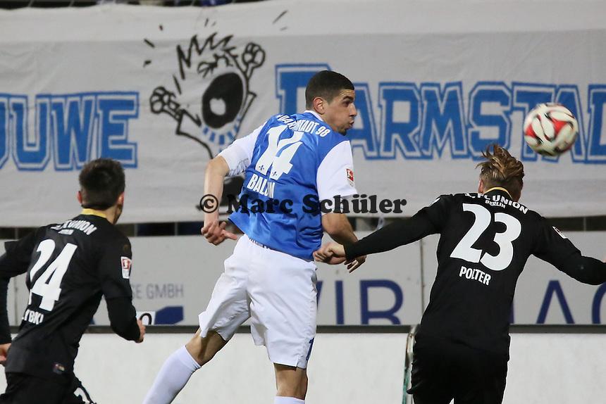 Kopfball Leon Balogun (SV98) - SV Darmstadt 98 vs. 1. FC Union Berlin, Stadion am Boellenfalltor