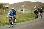 FBL 08/09 Trainingslager  Werder Bremen - 2008 Norderney - Day 1<br /> <br /> Anstatt des ueblichen Strandlaufes am morgen gab es fuer die Spieler am ersten Tag eine neue Ueberraschung.<br /> <br /> Thomas Schaaf ( Bremen GER - Trainer  COACH) hatte kurz umdisponiert und forderte seine Spieler zu einer morgendlichen Radtour um die Insel auf.<br /> <br /> Thomas Schaaf ( Bremen GER - Trainer  COACH) fuehrte das Feld an<br /> <br /> <br /> Foto &copy; nordphoto <br /> <br /> <br /> <br />  *** Local Caption ***