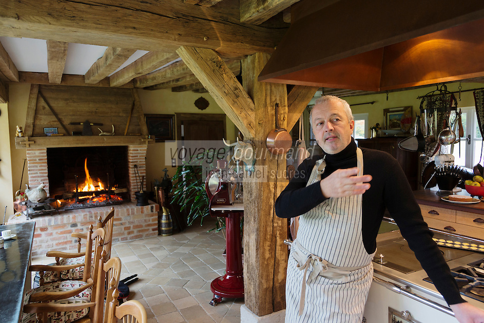 Europe/France/Centre/41/Loir-et-Cher/Sologne/ Dhuizon: Philippe Legendre, MOF dans sa maison d'hôte, La Maison de Capucine, Ferme de l'Aunay, [Non destiné à un usage publicitaire - Not intended for an advertising use] // Europe/France/Centre/41/Loir-et-Cher/Sologne/ Dhuizon: Philippe Legendre, MOF in his guest house, La Maison de Capucine,  Farm Aunay [Non destiné à un usage publicitaire - Not intended for an advertising use]
