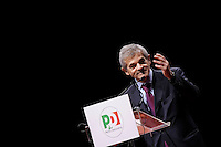 Il candidato alla Presidenza della Regione Piemonte Sergio Chiamparino <br /> Sergio Chiamparino, candidate for President of the Piemonte region<br /> Torino 12-04-2014 PalaIsozaki <br /> Apertura Campagna elettorale elezioni europee Partito Democratico <br /> Opening European elections campaign of the Democratic Party<br /> Foto Giorgio Perottino / Insidefoto