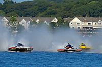 "Kent Henderson, H-777 ""Steeler"", Dylan Runne, H-12 ""Pleasure Seeker"", Brandon Kennedy, H-300 ""Pennzoil""    (H350 Hydro) (5 Litre class hydroplane(s)"