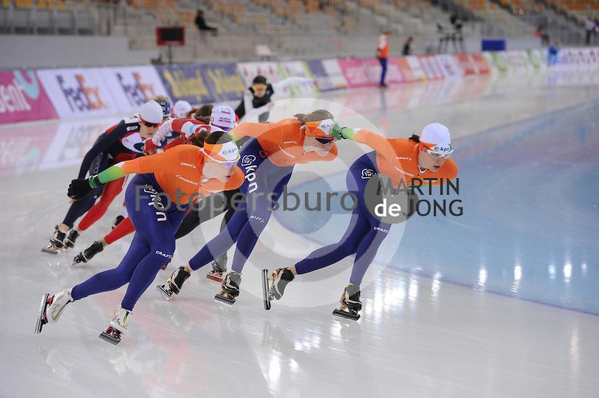 SPEEDSKATING: SOCHI: Adler Arena, 21-03-2013, Training, Marije Joling (NED), Lotte van Beek (NED), Marrit Leenstra (NED), © Martin de Jong