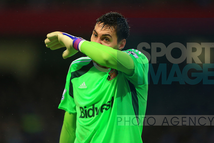 Costel Pantimilimon of Sunderland looks dejected - Manchester City vs. Sunderland - Barclay's Premier League - Etihad Stadium - Manchester - 28/12/2014 Pic Philip Oldham/Sportimage