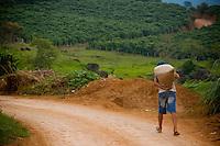 Matipo_MG, Brasil...Rota Imperial. Na foto comunidade de Matipo, Minas Gerais...The Royal-Imperial Route. In this photo the Matipo community, Minas Gerais...Foto: BRUNO MAGALHAES / NITRO