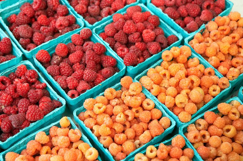 Raspberries at Lake Oswego Farmers Market. Oregon