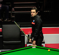 Ronni eO'Sullivan rues a missed shot during the Dafabet Masters FINAL between Barry Hawkins and Ronnie O'Sullivan at Alexandra Palace, London, England on 17 January 2016. Photo by Liam Smith / PRiME Media Images