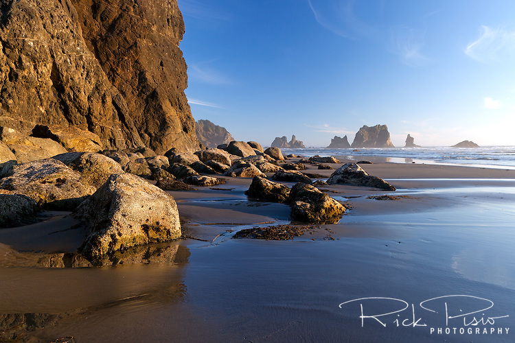 Sea stacks and surf along the Southern Oregon Coast at Samuel H. Boardman State Park