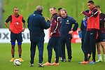Wayne Rooney of England speaks with manager Roy Hodgson - England Training & Press Conference - UEFA Euro 2016 Qualifying - St George's Park - Burton-upon-Trent - 11/11/2014 Pic Philip Oldham/Sportimage