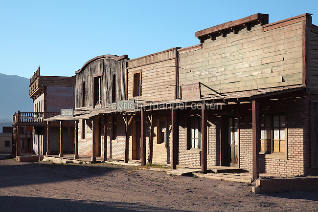 Western street set, at Fort Bravo / Texas Hollywood, a Western style theme park and film studios near Tabernas in the Tabernas Desert, Almeria, Andalusia, Southern Spain. Fort Bravo was set up in the 1970s by stuntman Rafa Molina and has a Texan Western set and Spanish Mexican pueblo, which can be used for locations or explored by tourists. Picture by Manuel Cohen