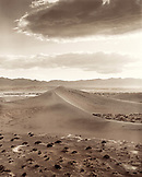 USA, California, Stovepipe Wells sand dunes, Death Valley National Park (B&W)