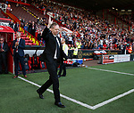Ian Toothill returns the Blades flag to Bramall Lane after successfully scaling Mount Everest, the first person to do so suffering with cancer during the Championship match at Bramall Lane, Sheffield. Picture date 26th August 2017. Picture credit should read: Simon Bellis/Sportimage
