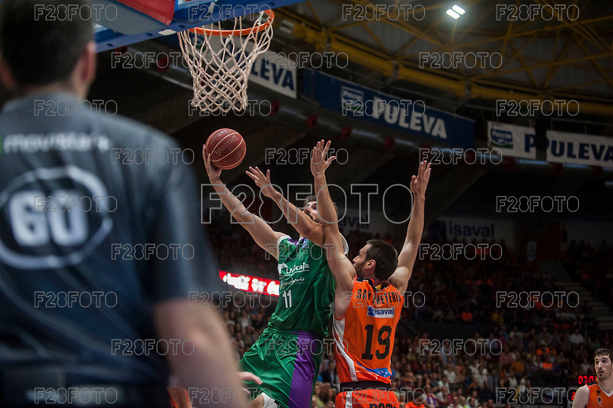 VALENCIA, SPAIN - MARCH 27: Fernando San Emeterio, Dani Diez during ENDESA LEAGUE Play Off match between Valencia Basket Club and Unicaja at Fonteta Stadium on March, 2016 in Valencia, Spain