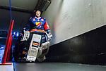 Stockholm 2014-09-05 Ishockey CHL Djurg&aring;rdens IF - Eisb&auml;ren Berlin :  <br /> Djurg&aring;rdens m&aring;lvakt goalkeeper Mikael Tellqvist  p&aring; v&auml;g ut till matchen mellan Djurg&aring;rden och Eisb&auml;ren Berlin<br /> (Foto: Kenta J&ouml;nsson) Nyckelord:  Djurg&aring;rden Hockey Hovet CHL Eisb&auml;ren Berlin portr&auml;tt portrait