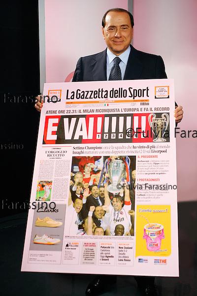 Milan, Via Solferino, 2007. Silvio Berlusconi in visita alla Gazzetta dello Sport, Silvio Berlusconi visiting the sports daily magazine Gazzetta dello Sport © Fulvia Farassino /