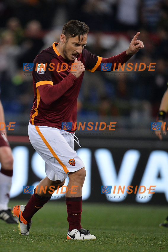 Esultanza dopo il gol di Francesco Totti Roma. goal celebration.<br /> Roma 20-04-2016  Stadio Olimpico<br /> Campionato Serie A,<br /> AS Roma - Torino<br /> Foto Antonietta Baldassarre / Insidefoto