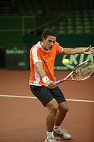 7-2-06, Netherlands, Amsterdam, Daviscup, first round, Netherlands-Russia, training ,jesse Huta Galung