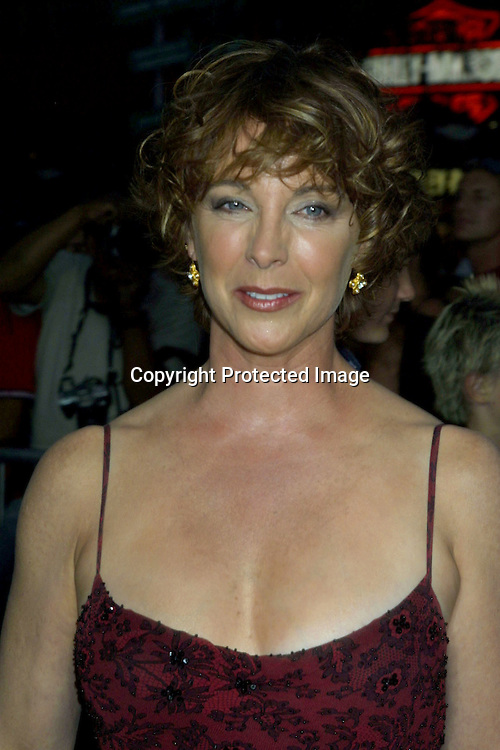 ©2002 KATHY HUTCHINS / HUTCHINS PHOTO .APOLLO 13 THE IMAX EXPERIENCE.UNIVERSAL CITY, CA.SEPTEMBER 12, 2002..KATHLEEN QUINLAN