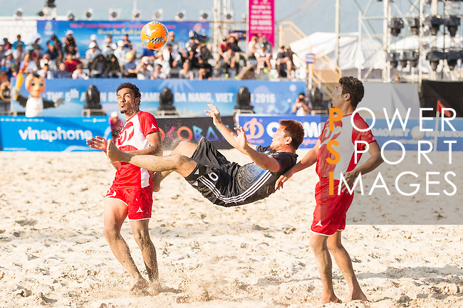 AKAGUMA Takuya of Japan in action during the Beach Soccer Men's Team Gold Medal Match between Japan and Oman on Day Nine of the 5th Asian Beach Games 2016 at Bien Dong Park on 02 October 2016, in Danang, Vietnam. Photo by Marcio Machado / Power Sport Images