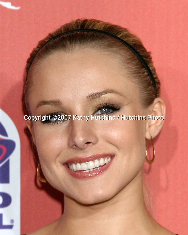 "Kristen Bell.Spike TV's ""Scream 2007"" Awards.The Greek Theater.Los Angeles,  CA.October 19, 2007.©2007 Kathy Hutchins / Hutchins Photo...               ."