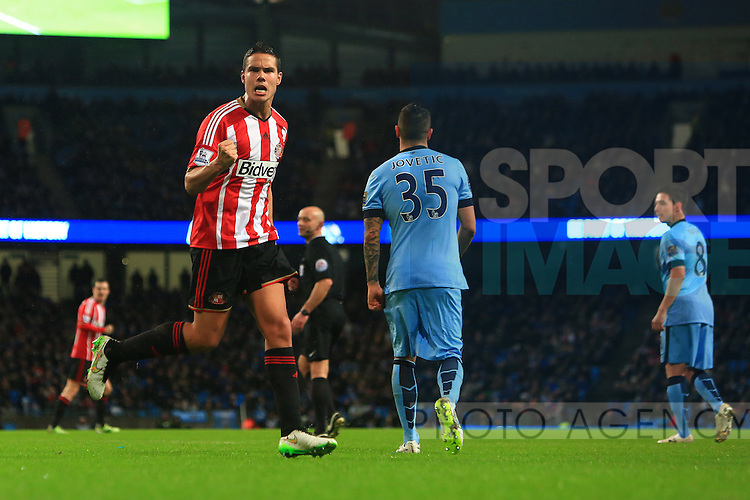 Jack Rodwell of Sunderland celebrates his goal - Manchester City vs. Sunderland - Barclay's Premier League - Etihad Stadium - Manchester - 28/12/2014 Pic Philip Oldham/Sportimage