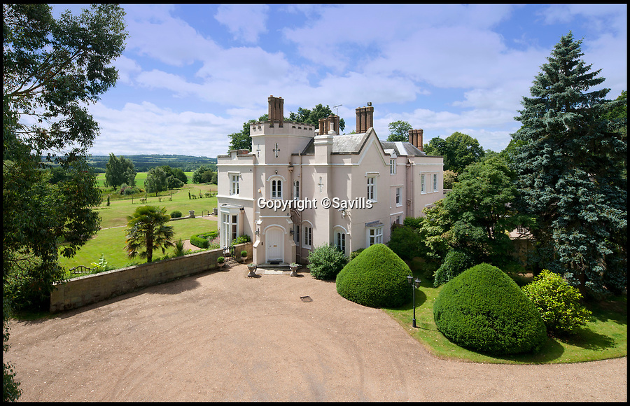 BNPS.co.uk (01202 558833)<br /> Pic:   Savills/BNPS<br /> <br /> A stunning country house the Queen Mother would reputedly stop off at en route to the races has come on to the market for £2,975,000.<br /> <br /> Grade II listed Skeynes Park, built in 1840, was leased at the start of the 20th century by her uncle, The Honourable Patrick Bowes-Lyon.<br /> <br /> It is believed that the late horse racing fanatic would pop in to see him on her way to Lingfield Racecourse five miles away.<br /> <br /> The spacious property in Edenbridge, Kent, has eight bedrooms, five bathrooms and an indoor swimming pool and sauna complex.