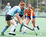 BLOEMENDAAL - Romy van As (Bl'daal)  , 2e play out wedstrijd tussen Bloemendaal-HGC dames (2-0). COPYRIGHT KOEN SUYK