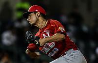 Isidro Marquez Jr. pitcher relevo de los mayos.<br /> Naranjeros gana 4 carreras por 3, durante juego de beisbol de la Liga Mexicana del Pacifico temporada 2017 2018. Tercer juego de la serie de playoffs entre Mayos de Navojoa vs Naranjeros. 04Enero2018. (Foto: Luis Gutierrez /NortePhoto.com)