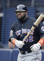 Mo Vaughn of the New York Mets waits to bat during a 2002 MLB season game against the San Diego Padres at Qualcomm Stadium, in San Diego, California. (Larry Goren/Four Seam Images)
