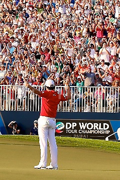 Rory McIlroy (NIR) during the final round of the DP World Tour Championship played at the Earth Course, Jumeirah Estates, Dubai, UAE on the 25th November 2012. (Picture Credit / Phil Inglis)