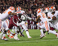 The tenth ranked South Carolina Gamecocks host the 6th ranked Clemson Tigers at Williams-Brice Stadium in Columbia, South Carolina.  USC won 31-17 for their fifth straight win over Clemson.  Clemson Tigers running back Roderick McDowell (25)