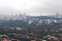 SÃO PAULO, SP, 05.05.04.2015 - CLIMA-SP - Vista do bairro do Pinheiros próximo à Ponte Eusébio Matoso região oeste da cidade de São Paulo nesta terça-feira, 05. (Foto: Kevin David / Brazil Photo Press).