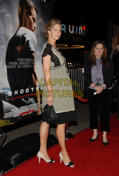 "JENNA ELFMAN.The Paramount Pictures L.A. Premiere of ""Shooter"" held at The Mann Village Theatre in Westwood, California, USA..March 8th, 2007.full length black green dress white cream shoes pregnant .CAP/DVS.©Debbie VanStory/Capital Pictures"